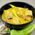 Sri Lankan Fish Curry (Malu Hodhi)