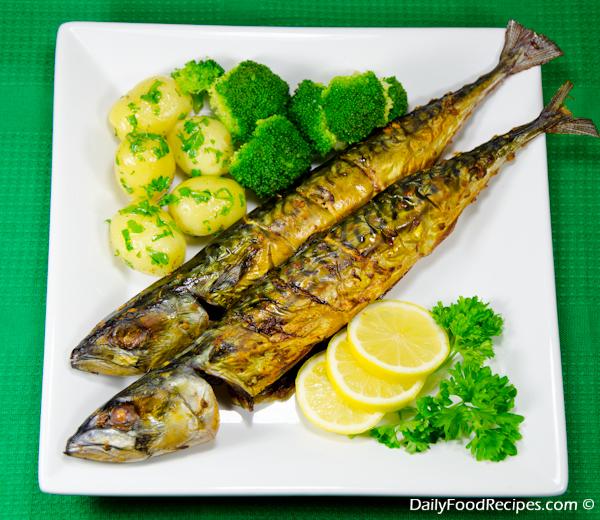 Baked Spicy Mackerel With Potato Salad & Broccoli