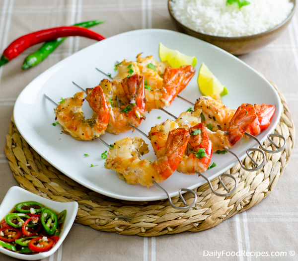 Grilled Jumbo Shrimp (King Prawns) with Lemon & Chili Dip